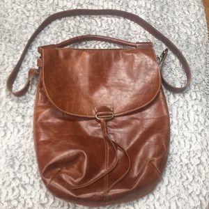 Alternative Deep Leather Horseshoe Crossbody Bag